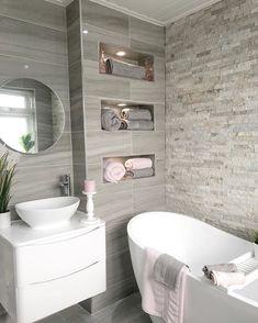 Colorful bathrooms - Home Fashion Trend Small Bathroom Interior, Bathroom Design Luxury, Modern Bathroom Design, Home Interior Design, Small Bathroom Layout, Bad Inspiration, Bathroom Inspiration, Bathroom Ideas, Vanity Bathroom