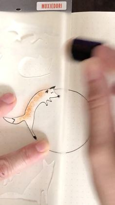 Create a foxy wreath for your fall bullet journal layouts. This tutorial will give you the step by step you need. Get your fox stencil over here. December Bullet Journal, Bullet Journal Spread, Bullet Journal Layout, Bullet Journal Inspiration, Journal Ideas, Bullet Journal Stencils, Two Dots, Spy Party, Some Fun