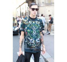 Street Looks à la Fashion Week homme printemps-été 2014 de Paris, Jour 5 http://www.vogue.fr/vogue-hommes/mode/diaporama/street-looks-a-la-fashion-week-homme-printemps-ete-2014-de-paris-jour-5/14193/image/796394#!19