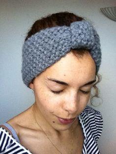 [Envie de cocooning] Headband moelleux tricoté point mousse pour se réconforter du mauvais temps, par Solène M. #concourstricot