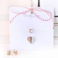 Ohrstecker in Knotenform - Vielleicht vergisst man dann ja auch Nichts mehr ;-) http://www.amyzoey.de/ohrstecker-knoten-rosegold-1382.html #Amyzoey #Earrings #Ohrstecker #Knoten #Ohrring #Roségold #Schmuck #Jewelry