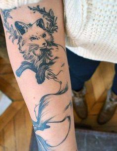 tatuaże zwierzęta lis na przedramieniu