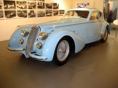 Alfa Romeo 1938 - Timeless Designs of Vintage Cars