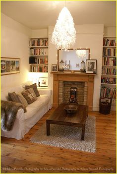 Small cozy space via the swenglish home. small cozy space via the swenglish home wooden fire surrounds Living Room With Fireplace, New Living Room, Small Living, Home And Living, Living Room Decor, Living Room Wooden Floor, Cosy Living Room Small, Small Sitting Rooms, Small Lounge