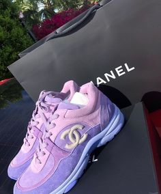 Cant get eneough of chanel chunky sneakers this summer. This lilac x pink & white colour combo is a vibe! Chanel Sneakers, Chanel Shoes, Sneakers Fashion, Fashion Shoes, Shoes Sneakers, Shoes Heels, Fashion Clothes, Fashion Fashion, Fashion Women