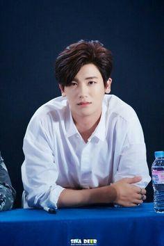 Hyungsik.. love u.. hemmm