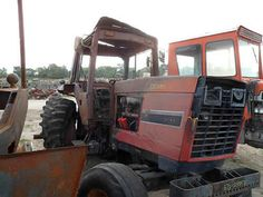 International 5288 tractor salvaged for used parts. This unit is available at All States Ag Parts in Bridgeport, NE. Call 877-530-5010 parts. Unit ID#: EQ-24853. The photo depicts the equipment in the condition it arrived at our salvage yard. Parts shown may or may not still be available. http://www.TractorPartsASAP.com