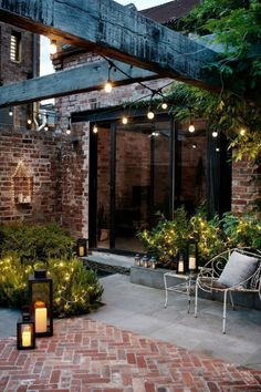 Chic And Glamorous Outdoor Living Spaces - Outdoor Lighting - Ideas of Outdoor Lighting - Courtyard gardens are perfectly matched with garden lanterns and festoon lights Diy Pergola, Pergola Kits, Pergola Roof, Black Pergola, Outdoor Pergola, Cheap Pergola, Covered Pergola, Backyard Patio, Backyard Landscaping