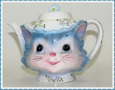 Vintage Miss Priss Kitty Teapot Lefton 1516 4 Cup by GrammysGoodys