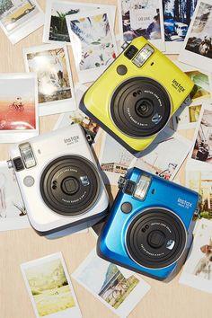 Fujifilm Instax Mini 70 Kamera - Urban Outfitters