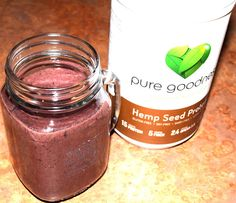 Quick and Easy Green Smoothie Recipe using the Pure Goodness Hemp Seed Protein by@caitscozycorner