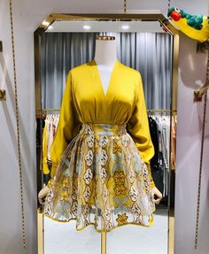 Short African Dresses, Latest African Fashion Dresses, African Print Dresses, African Print Fashion, Ankara Dress Styles, Classy Outfits, Chic Outfits, Classy Dress, Fashion Outfits