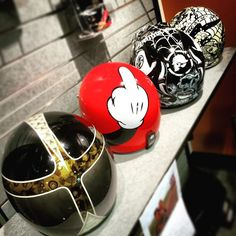 Bell Custom 500 Helmet - The Worlds Best Cafe Racers : Built by the Brave Custom Motorcycle Helmets, Custom Helmets, Motorcycle Gear, Triumph Bobber, New Helmet, Helmet Paint, Biker Gear, Helmet Design, Cool Cafe