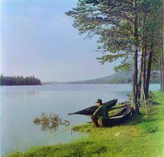С. М. Прокудин-Горский. На озере [Зюраткуль].