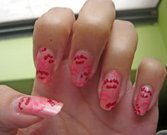 Valentine kisses #nails #nailart #valentine #kiss