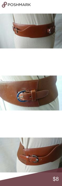 """Brown Double Buckle Belt size S/XS Super cute double buckle fashion belt in faux brown leather and elastic band.  41"""" from end to end, 21"""" from buckle to buckle and stretches to 27"""" from buckle to buckle. 3"""" wide. Accessories Belts"""