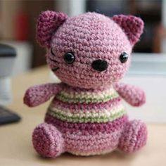 Violet Kitty amigurumi pattern