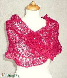 Pink kendő, kötött rózsával (kepibag) - Meska.hu Crop Tops, Knitting, Lace, Women, Fashion, Moda, Tricot, Fashion Styles, Breien