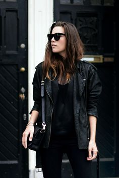 (via OUTFIT / OVERSIZED LEATHER COTTDS)