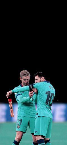 #messi# #dejong# #bóng đá# #thể thao# #barcelona# #football# #wallpaper# #hình đẹp# #soccer# #fc barce# #laliga# #champions# Messi, Leo, Barcelona, Couple Photos, Couples, Basket, Couple Shots, Barcelona Spain, Couple Photography
