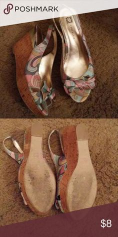 Ann Klein bow peep toe wedges Sling back size 8.5 Ann klein silk peep toe wedges with bow. In excellent used condition with small amount of wear on soles Ann Klein Shoes Wedges