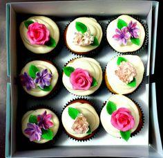 Flower cupcake box