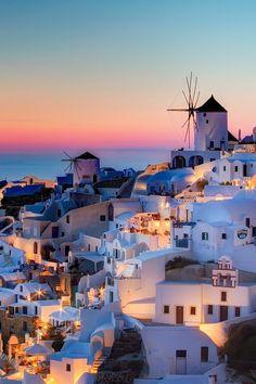 Enamórate de la belleza de Santorini