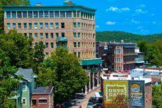 Vote - Downtown Eureka Springs - Best Arkansas Attraction Nominee: 2017 10Best Readers' Choice Travel Awards http://www.10best.com/awards/travel/best-arkansas-attraction/downtown-eureka-springs-eureka-springs/