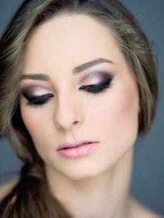 http://www.lemariagecasamentos.com.br/wp/wordpress/wp-content/uploads/2012/04/make-para-olhos-para-noivas.jpg