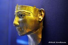 Gold mask of Shoshenq II (konde) Tags: goldmask sheshonq shoshenqii 22nddynasty thirdintermediateperiod tanis sanelhagar tomb mummymask treasure ancient egypt cairomuseum art