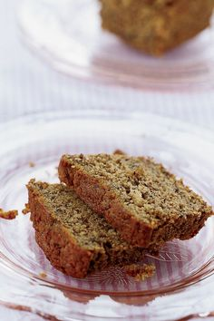 This cinnamon banana bread recipe incorporates cinnamon, bananas, agave and vanilla to create the ultimate banana filled brunch recipe. Whether you're looking to make this fall recipe for brunch, breakfast, a snack, an appetizer, or pair it with vanilla ice cream for a sweet fall dessert recipe, it's a great way to use up your over ripe bananas.#bananabread #bananabreadrecipe #fallrecipes #falldesserts #fallbrunch #brunchrecipes #breakfastrecipes Best Brunch Recipes, Fall Dessert Recipes, Fall Desserts, Fall Recipes, Breakfast Recipes, Cinnamon Banana Bread, Banana Bread Recipes, Processed Sugar, Vanilla Ice Cream