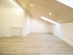 Sótão da Família Maia #loftrenovation #loft #architecture #livingroom #upcycled #storage #homedecor #furniture #interiors #interiordesign #homeinspiration #details #homesweethome #homestoriespt #umaobraumahistória