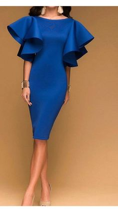 Одежда женская- идеи Woman Shoes how many pairs of shoes does the average woman own Elegant Dresses, Pretty Dresses, Beautiful Dresses, African Fashion Dresses, African Dress, Dress Skirt, Dress Up, Bodycon Dress, Classy Dress