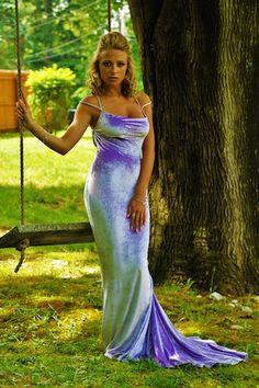 gorgeous lavender mermaid gown. sunnymoonboutique.com
