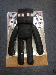 Enderman (Minecraft) cake, be different then the rest of the birthday parties, who have a creeper as their cake!