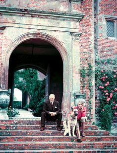 "Sissinghurst - ""The gardens are the joint creation of the writers Harold Nicolson and Vita Sackville-West. Hulton-Deutsch Collection/Corbis"" T FALL TRAVEL - T Magazine Vita Sackville West, Famous Gardens, Amazing Gardens, Gaudi, Lancaster, Monet, Virginia Wolf, Lenotre, Bloomsbury Group"