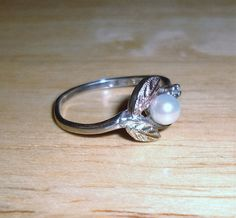 Vintage Black Hills Gold Pearl and Diamond Ring