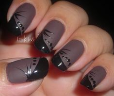 I may have to copy this look tomorrow! Matte - Nail Art Gallery by NAILS Magazine Fancy Nails, Diy Nails, Pretty Nails, Matte Nail Art, Black Nail Art, Matte Black, Geometric Nail, Nagel Gel, Fabulous Nails