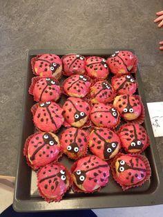 Mariehøne boller Food Humor, Kids Meals, Bakery, Brunch, Birthdays, Food And Drink, Birthday Parties, Snacks, Cooking