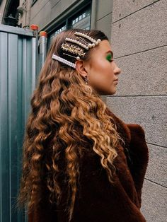 All the hair hair trends Hair Day, My Hair, Hair Inspo, Hair Inspiration, Curly Hair Styles, Natural Hair Styles, Hair Clip Styles, Natural Hair Accessories, Cornrows