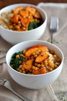 Maple-Orange Roasted Chickpeas & Carrots | coconutandberries.com