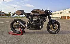 T 301 by Iron Pirate Garage. Triumph Speed Triple conversion