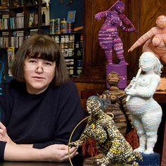 yulia ustinova - Recherche Google                            Необычное творчество. Скульптура связана из ниток.