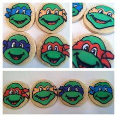 Teenage Mutant Ninja Turtle Cookies by AlliesSweetTooth on Etsy Ninja Turtle Cookies, Ninja Turtle Party, Ninja Turtles, Hello Kitty Toys, Teenage Mutant Ninja, Decorated Cookies, Cookie Decorating, Sugar Cookies, Cartoon Characters