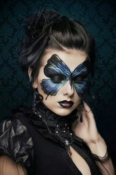 Gothic Madame Butterfly costume make up summer party mask inspiration Renata Ili… - BODY PAINTING Butterfly Makeup, Butterfly Costume, Butterfly Mask, Madame Butterfly, Butterfly Halloween, Butterfly Face Paint, Butterfly Colors, Looks Halloween, Halloween Makeup