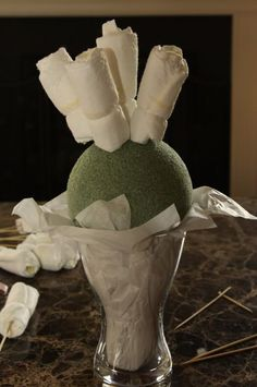 How to make a diaper boquet