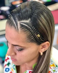 Beautiful and simple with clamps in always the most beautiful designs of Long Hair Ponytail Styles, Ponytail Hairstyles, Summer Hairstyles, Pretty Hairstyles, Girl Hairstyles, Curly Hair Styles, Girls Hairdos, Girls Braids, Cool Braids