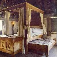 Reproduction of 16th century English Poster bed and trundle bed