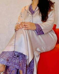 African Lace, African Dress, Trouser Outfits, Casual Outfits, Kaftan Style, Vetement Fashion, Moroccan Caftan, Abaya Fashion, Muslim Women