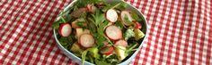 Salade met appel, radijs en rucola